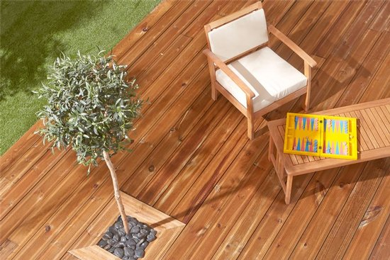 terrasse en caillebotis bois stunning terrasse en caillebotis bois carrelage exterieur terrasse. Black Bedroom Furniture Sets. Home Design Ideas
